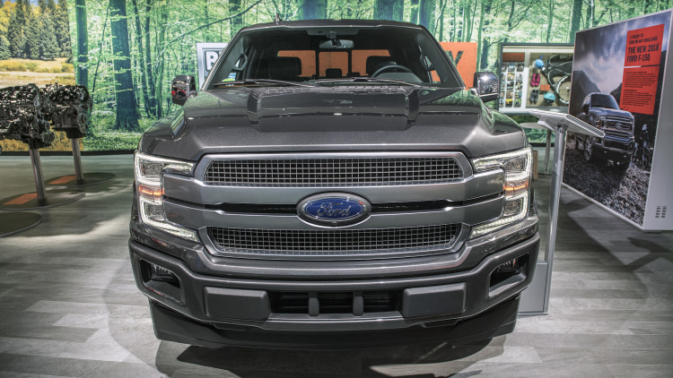 2018 ford f 150 diesel detroit 2018 photo gallery autoblog. Black Bedroom Furniture Sets. Home Design Ideas