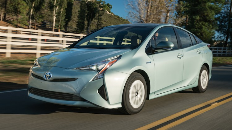 Toyota Prius Alternatives Part 1: Hybrids and a Diesel