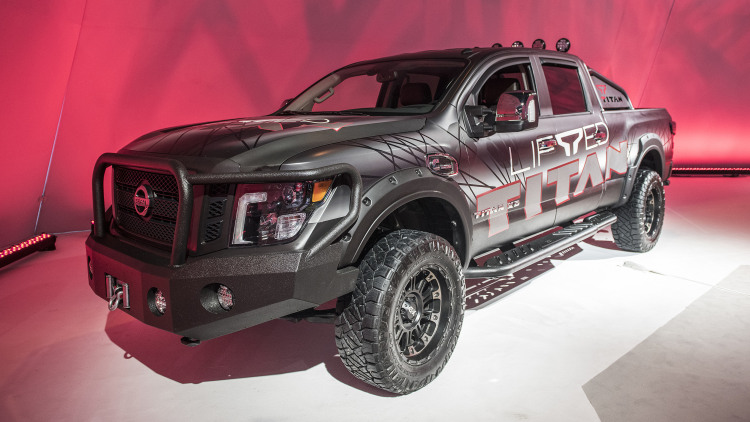 2018 nissan titan xd lifted chicago 2018 photo gallery autoblog. Black Bedroom Furniture Sets. Home Design Ideas