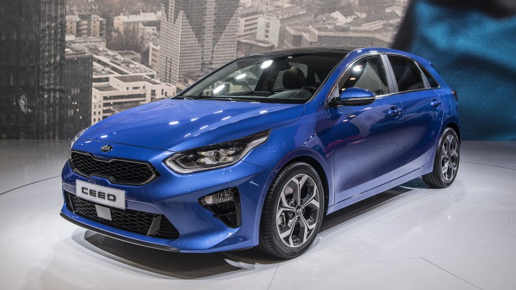 2018 kia ceed sportwagon geneva 2018 photo gallery autoblog. Black Bedroom Furniture Sets. Home Design Ideas