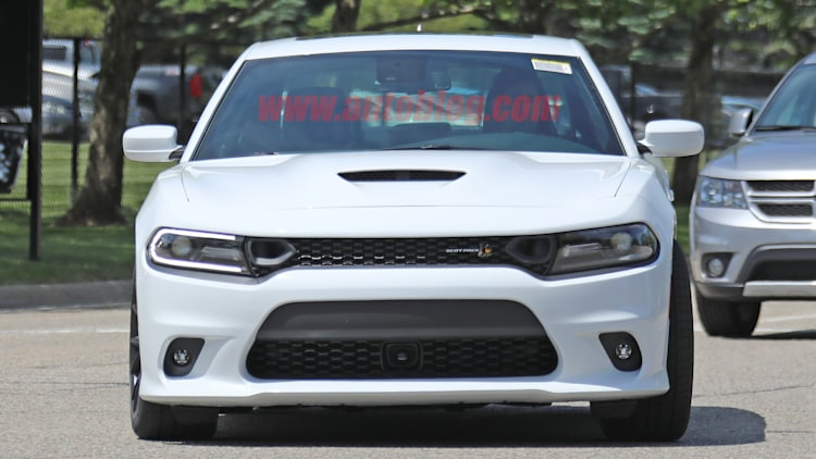 Dodge Certified Pre Owned >> 2019 Dodge Charger SRT Scat Pack Photo Gallery - Autoblog