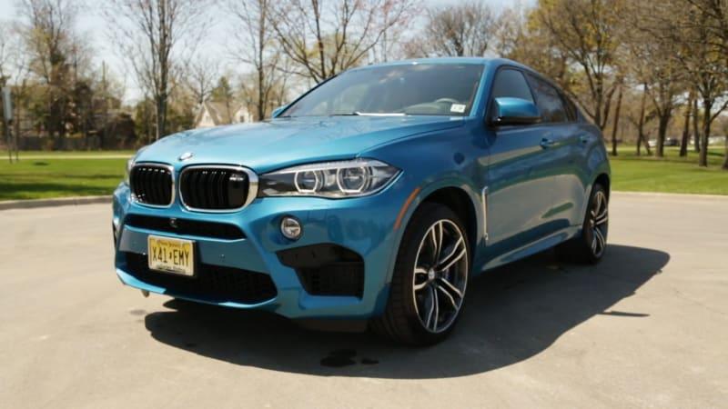 2015 BMW X6 M Beauty-Roll