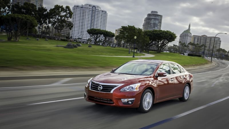 1.8 million Nissan Altimas recalled to ensure the hood stays shut while driving