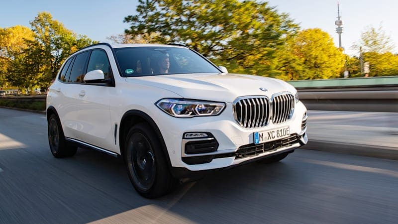 BMW X5 PHEV introduced: 389 hp, 30 miles of electric range