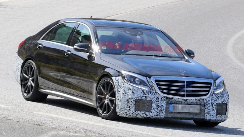 Mercedes-Benz S63 AMG puts on its black tuxedo