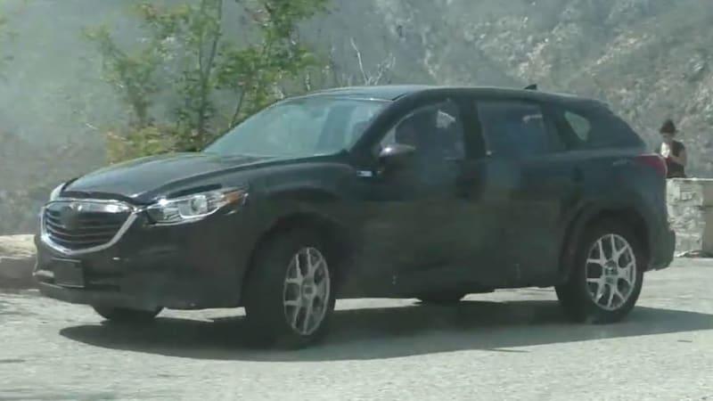2016 Mazda CX-9 caught on video
