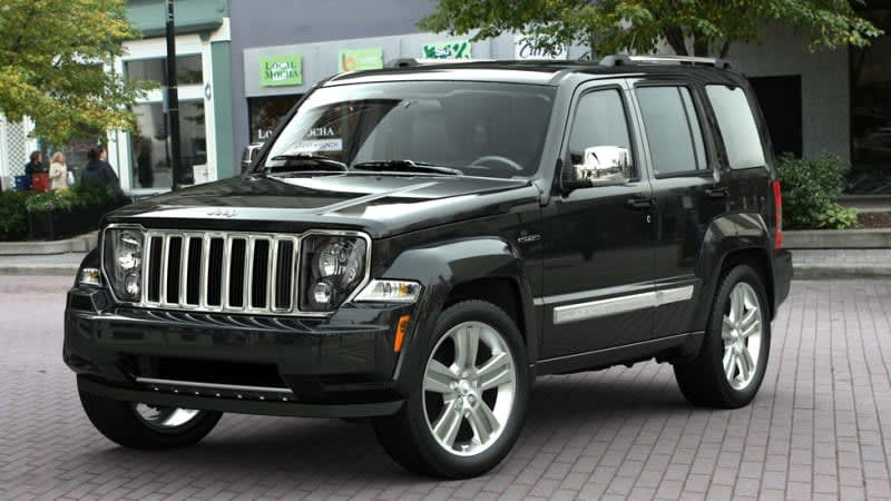 470,000 Jeep Liberty, Chrysler 200, and Dodge Avenger models recalled for restraint defect