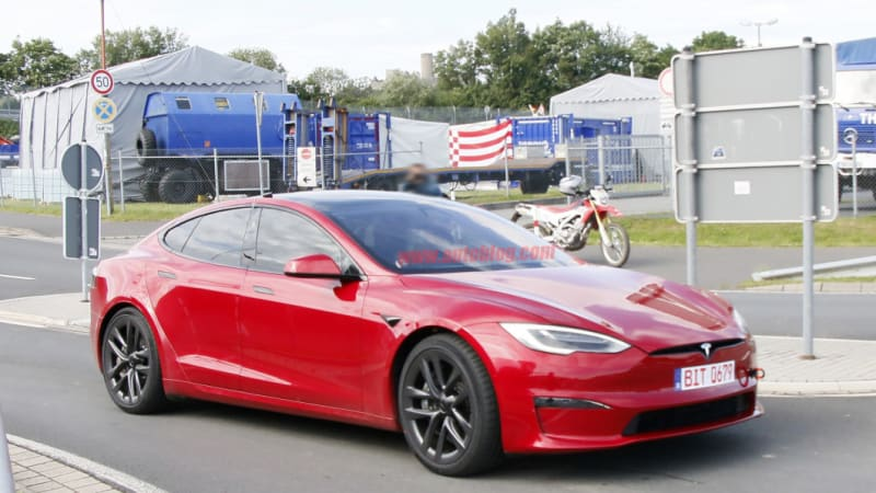 Tesla Model S Plaid back at the Nurburgring in production form