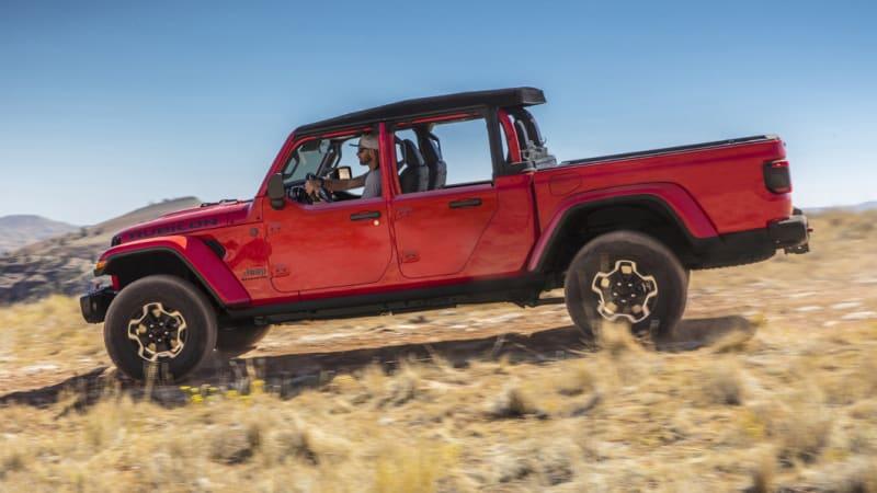 2021 Jeep Gladiator gets half door option