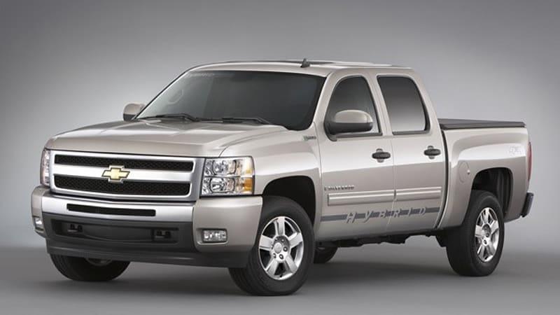 Verizon acquires 576 Chevrolet Silverado hybrids