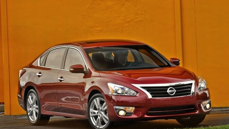 Nissan Altima mpg climbs to 31 combined, just under old hybrid version