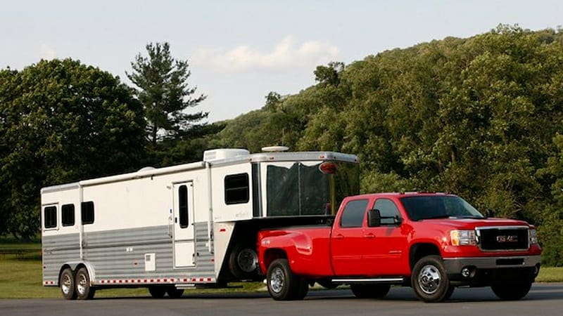 GMC back atop HD truck towing and payload ratings