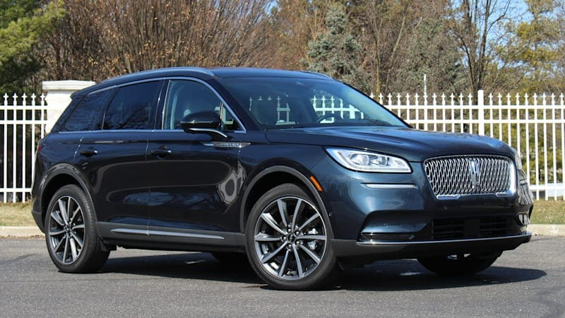 2020 Lincoln Corsair Review & Buying Guide | Old-school, value-priced luxury