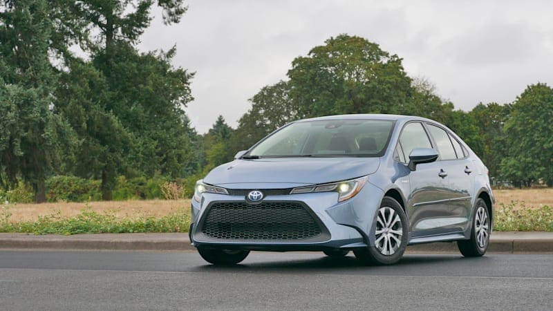 2021 Toyota Corolla Review | What's new, prices, sedan vs hatchback