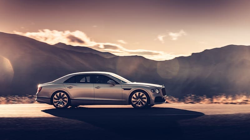 Bentley will black out the Flying Spur's trim for $4,735
