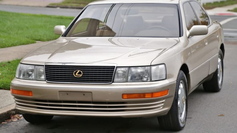 Here's your chance to get a near-new 1st-gen Lexus LS400