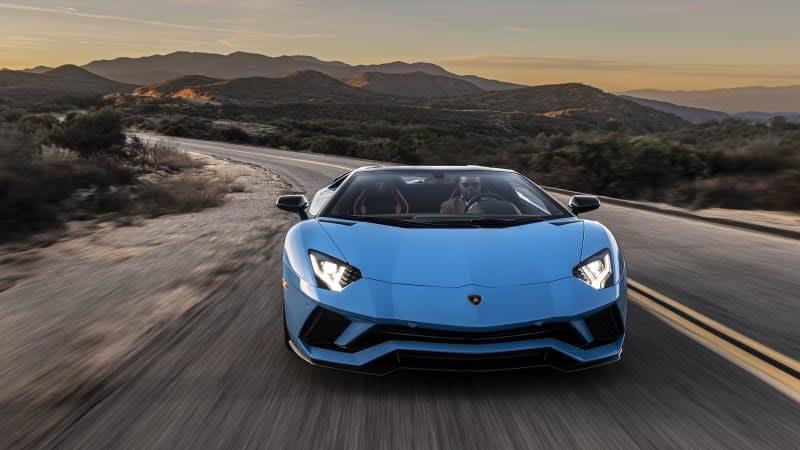 2020 Lamborghini Aventador S Review | One last go in the ring