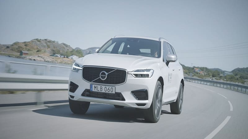 Volvo's XC60 T8 hybrid SUV is made with recycled plastic