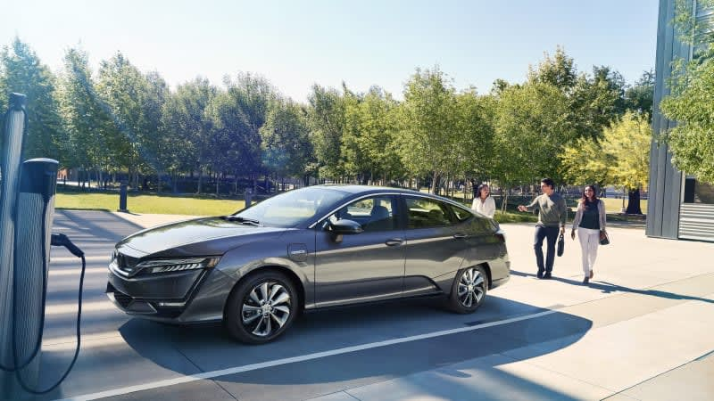 Honda discontinues lease-only Clarity Electric to focus on next-gen EVs