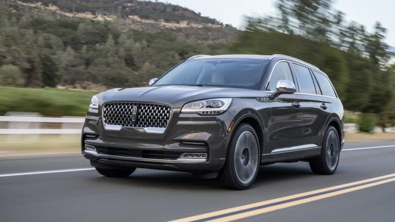 Lincoln Aviator backup camera failure spurs recall