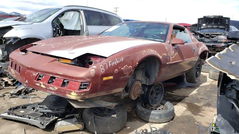 Junkyard Gem: 1987 Pontiac Firebird