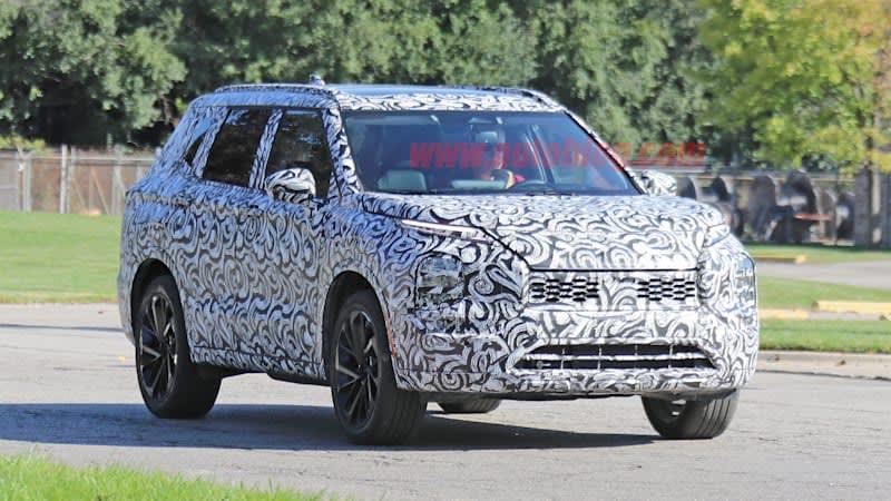 Mitsubishi Outlander rumored to get Nissan engine, Rogue Sport to get PHEV