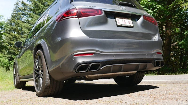 2021 Mercedes-AMG GLS 63 Exhaust Test | Treating the ears of all aboard