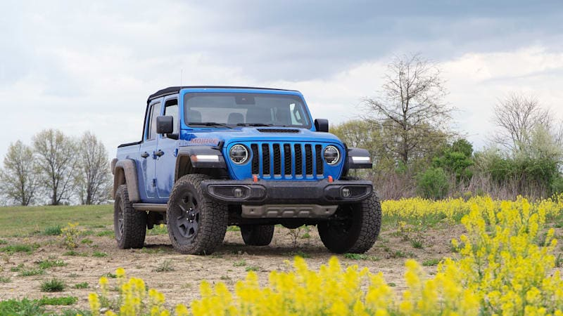 2020 Jeep Gladiator Mojave First Drive | The one you'll want