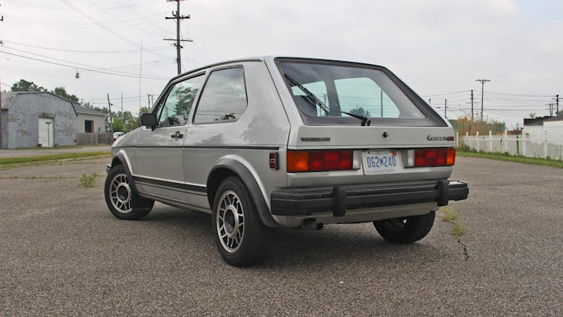 1984 VW Rabbit GTI Driveway Test   Are you louder than Byron's Dodge Challenger?