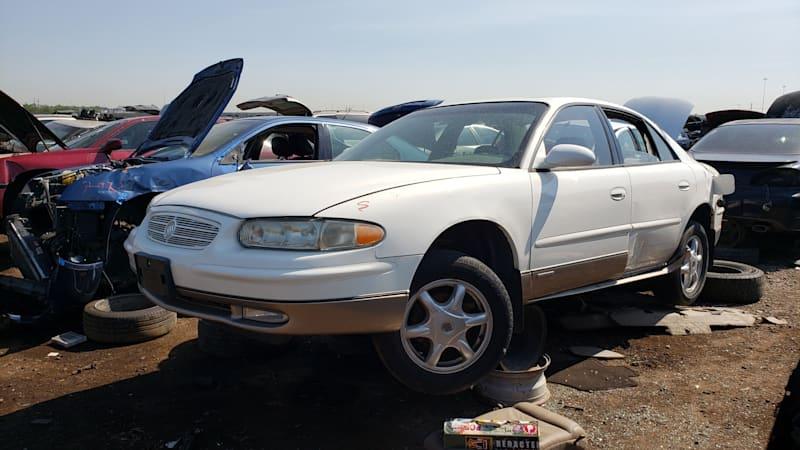 Junkyard Gem: 2002 Buick Regal Joseph Abboud Edition