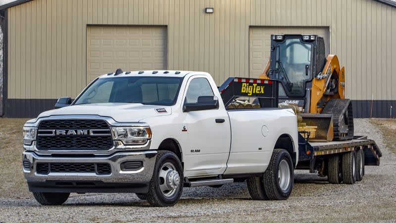 Ram 3500 Heavy Duty recaptures the torque and maximum towing crowns