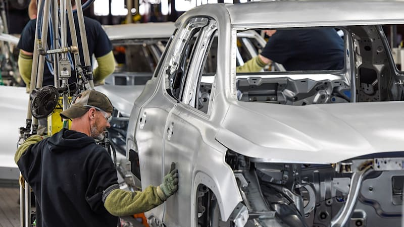 GM extends production cuts, affects Cadillacs, Camaro and Acadia