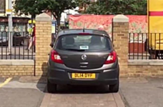 Hilarious moment hapless motorist tries to squeeze through tiny gap
