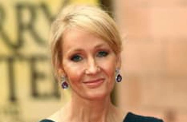 Who is JK Rowling rowing with over Gary Lineker?