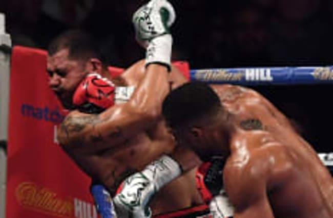 Joshua beats Molina to retain IBF world heavyweight title