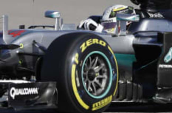 Lewis Hamilton keeps title race alive in Austin, Texas