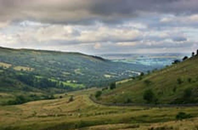Warning as metal traps found on mountain in Wales