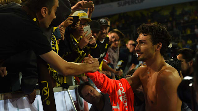 Αποτέλεσμα εικόνας για hummels dortmund fans super cup