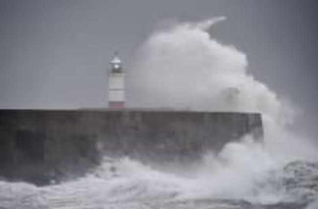 Storm Doris set to hit Britain with 80mph winds