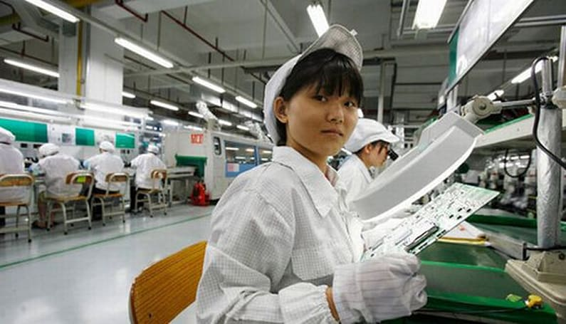 Rumor: Apple paying Foxconn workers directly