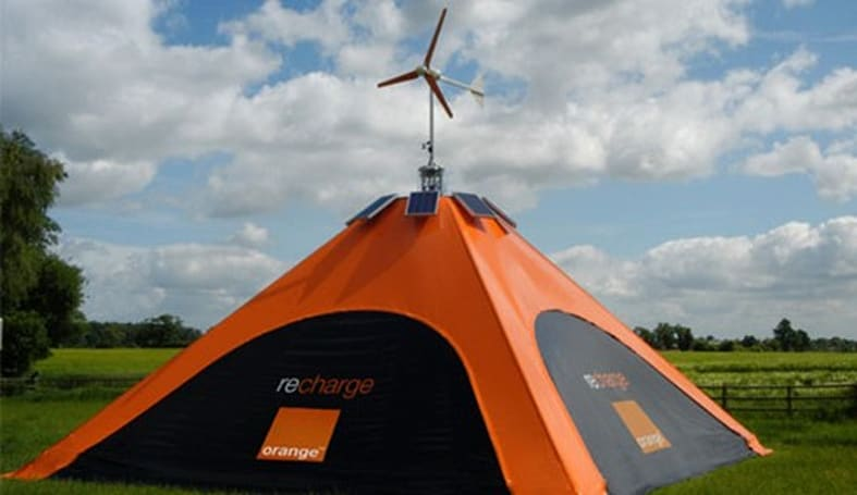 Orange's recharge Pod tent to keep mobiles juiced at Glastonbury