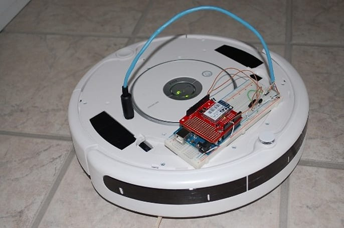 Web-controlled tweeting Roomba is a perfect storm of DIY magic