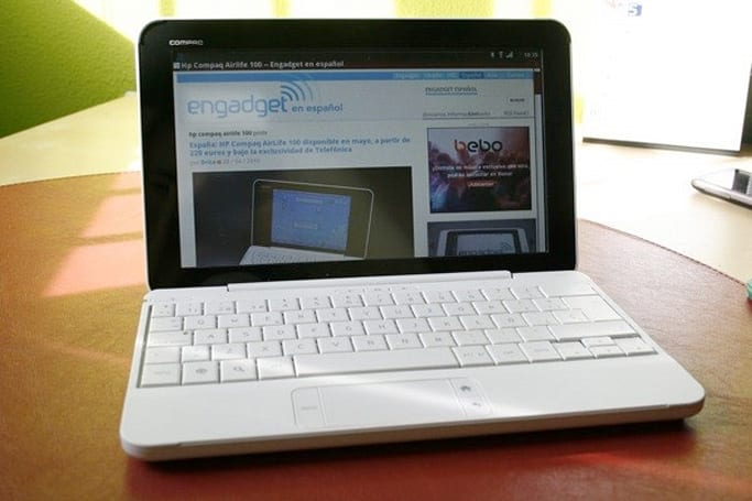 HP Compaq Airlife 100 review roundup: a little too dumb for a smartbook