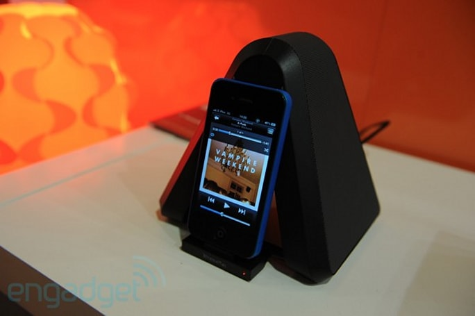 XtremeMac showcases the Soma Stand, Soma Travel and more at IFA (video)