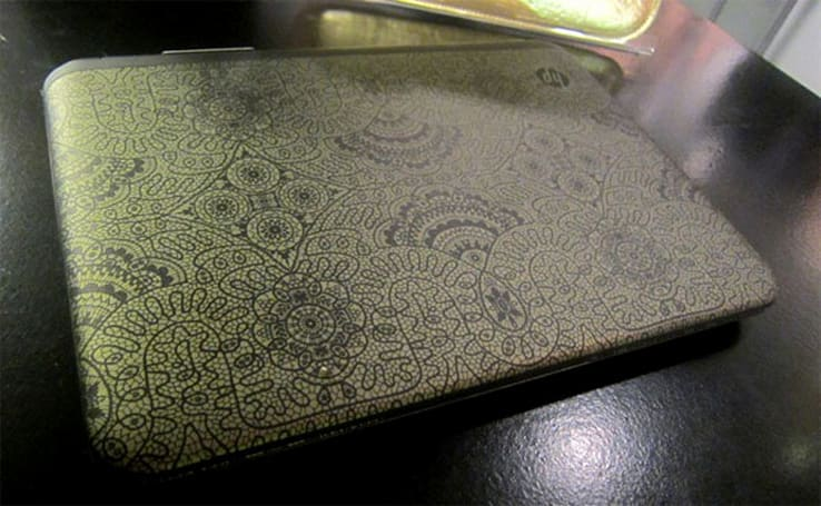 Alexandre Herchcovitch dresses up HP Pavilion dm1 with golden doilies, higher sticker price