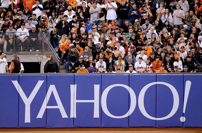 Yahoo stops daily fantasy sports contests in New York