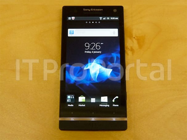 Sony Ericsson's Nozomi gets handled, something awfully similar gets an official tease