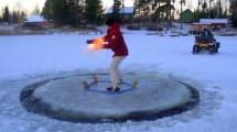 Eisplatten-Karussell mit Schneemobil-Antrieb
