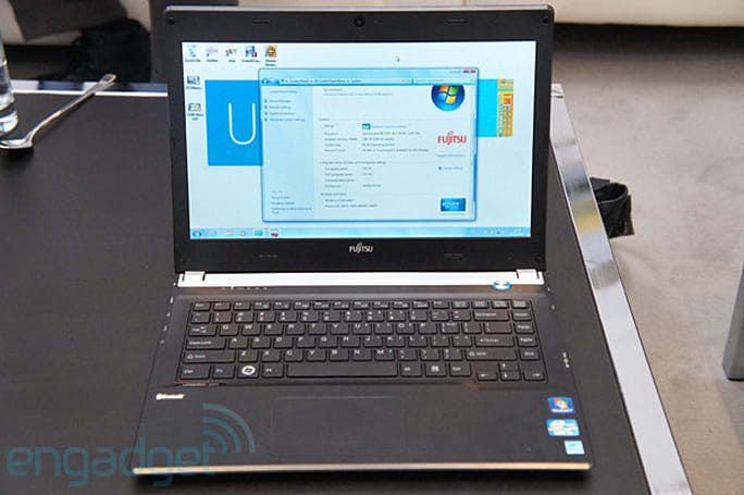 Fujitsu Lifebook UH572 with Ivy Bridge hands-on (video)