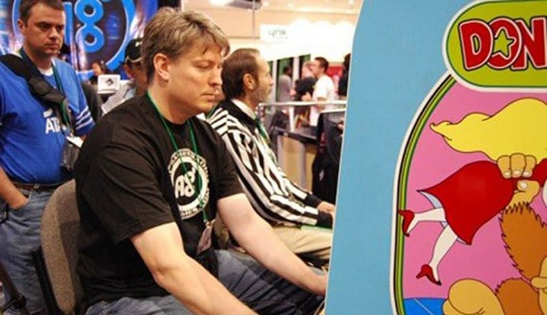 Steve Wiebe publicly attempting to best his own Donkey Kong high score